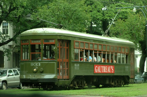 new_orleans_streetcar.jpg